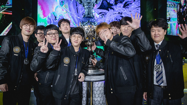 Picture of SSG Waving After Win