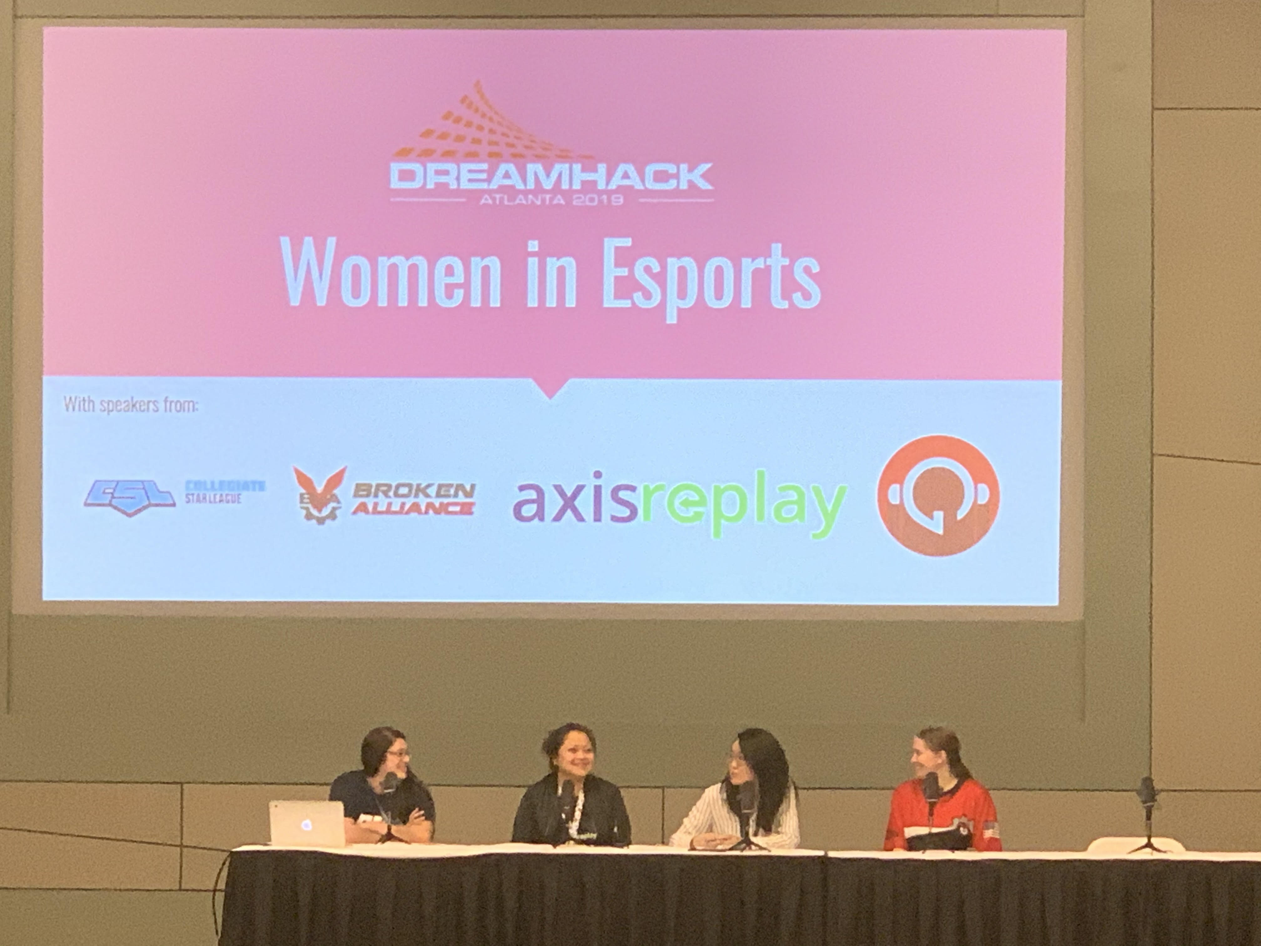 5 Ways to Get More Women Into Esports
